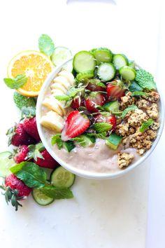 Strawberry Cucumber Smoothie Bowl