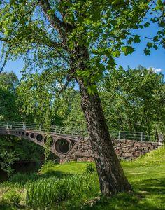 Løkke bru (Løkke bridge) Early summer Sandvika, Bærum, Norway.