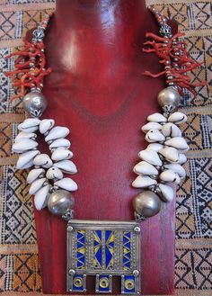 Berber Tribal Necklace with Old Pure Silver by TuaregJewelry