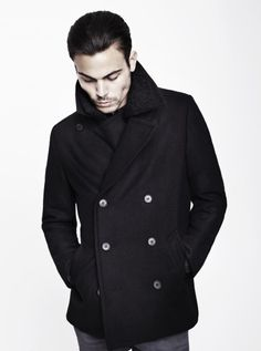 Can never go wrong with a good fitting Pea Coat in my book.