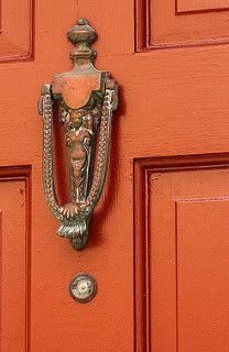 Mermaid Door Knocker - Charleston - South Carolina - photo by doddsjzi Black Door Handles, Knobs And Handles, Cool Doors, Unique Doors, Door Knobs And Knockers, Black Doors, Door Accessories, Door Furniture, Types Of Doors