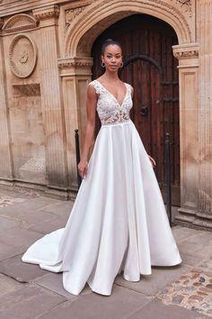 Adore by Justin Alexander Style 11192 Wedding Dress Shopping, Gown Wedding, Dream Wedding Dresses, Designer Wedding Dresses, Detailed Back Wedding Dress, Classic Wedding Dress, Allure Bridal, Plus Size Wedding, Ball Gowns