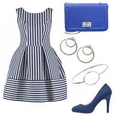 Vestito a righe bianche e blu, a palloncino, decollete' blu scuro, pochette blu cobalto. orecchini e bracciale, a cerchio, x un look giovane, e sbarazzino!