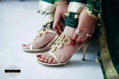 Meena Bazaar Mehndi, Henna, Meena Bazaar, Shoe Story, Ladies Fashion, Womens Fashion, Desi Wedding, Indian Fashion, Brides