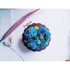 Flower buttercream Cake @gunaydin.cake ( instagram ) #premiumcake #madebyorder