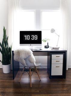 Simple Black & White Workspace