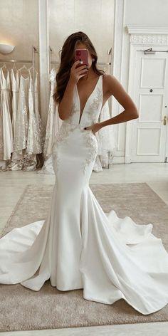 Mermaid Wedding Dress With Sleeves, V Neck Wedding Dress, Mermaid Dresses, Boho Wedding Dress, Lace Wedding, Wedding Dress Trumpet, Modest Wedding, Rustic Wedding Gowns, Black Wedding Dresses