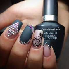 Black nails with swarovhski Line nails Flower nails Cuccio nails Cuccio Nails, Lines On Nails, Flower Nails, Black Nails, Nail Artist, Beauty, Color, Strip Nails, Colour