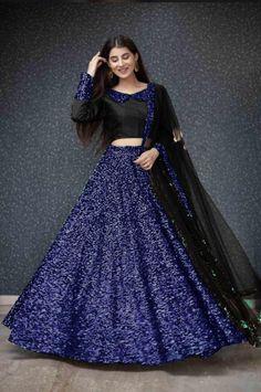 Lehenga Choli Latest, Floral Lehenga, Gold Lehenga, Black Lehenga, Long Dress Fashion, Indian Fashion Dresses, Frock Fashion, Indian Gowns, Indian Wear