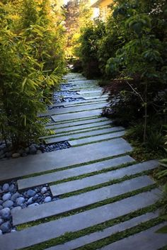 In love with this walkway ...