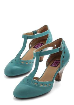 Elegance in its Prim Heel in Turquoise. Step into first-class sophistication with these lovely turquoise-hued T-straps by Mojo Moxy. #gold #prom #modcloth