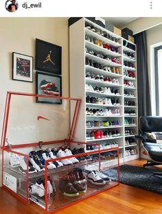 Shoe Rack Ideas - If you have a magnificent shoe collection in your house, a shoe organizer option is essential to keep them all under control. Jordans Retro, Air Jordans, Sneaker Storage, Shoe Storage, Sneaker Rack, Shoe Room, Shoe Closet, Shoe Wall, Zapatillas Jordan Retro