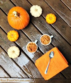 Pumpkin Pie Oatmeal overnight crock pot from Real Food Outlaws