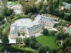 THE SPELLING MANSION, LOS ANGELES, CA : 57,000 square feet. Petra Ecclestone purchased the estate last summer for a whopping $ 85 million, significantly less than the original asking price of $ 150 million. The house has 123 rooms and sits on 4.6 acres of land.