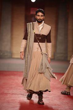 so badass - Anju Modi's Draupadi collection - indian men's fashion Indian Men Fashion, India Fashion, Mens Fashion, Fall Fashion Outfits, Casual Outfits, Ethenic Wear, Fierce Women, Indian Couture, Thrift Fashion