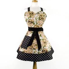 2 Tier Sweetheart Skulls and Roses Apron by Suburban50s on Etsy, $45.95