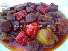 Greek Spetzofai Greek Beauty, Pot Roast, Sausage, Fruit, Ethnic Recipes, Food, Carne Asada, Roast Beef, Sausages