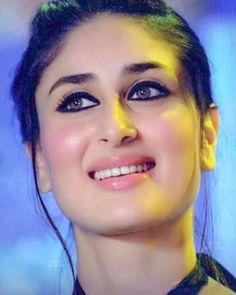 Kareena kapoor stunning look, pinkish face # so beautiful Indian Bollywood Actress, Beautiful Bollywood Actress, Beautiful Indian Actress, Bollywood Fashion, Beautiful Actresses, Indian Actresses, Prettiest Actresses, Beautiful Bride, Beautiful Women