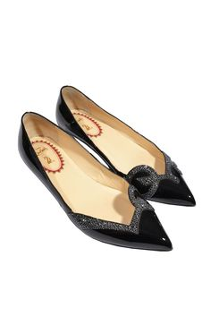 #ChristianLouboutin #ballerina #shoes #flats #footwear #Vintage #fashion #accessories #designer #fashionblogger #onlineshopping #classy #vintage #secondhand #mymint