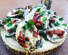 Grilled Oysters with Bacon and Parmesan Cheese — Charlotte Fashion Plate Easy Appetizer Recipes, Quick Recipes, Quick Easy Meals, Brunch Recipes, Keto Recipes, Appetizers, Grilled Oysters, Grilled Seafood, Fish And Seafood