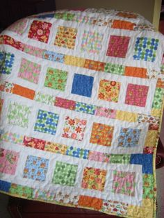 PDF Baby QUILT PATTERN....Quick and Easy...2 Charm Square Packs or Fat Quarters, Flowers in the Sunshine. $9.00, via Etsy.