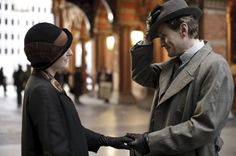 Downton Abbey Season 4: Will Lady Edith follow her heart and head to Germany??