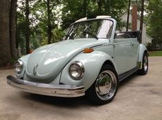 1973 Voltswagon Beetle my dream car!!!But.....in electric blue