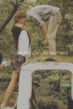 76 Gorgeous Couple Poses to Inspire Your Engagement Photos . Cute Couple Pictures, Cute Photos, Couple Pics, Couple Kissing, Prom Pictures, Couple Quotes, Prom Photos, Couple Ideas, Couple Stuff