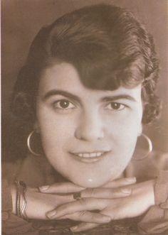 RETRATOS DE FAMILIA: Celia Vidal Abad, madre de Luis Vidal Corella