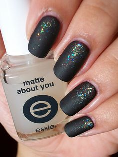 matte nail polish nageldesign schwarz Essie Matte About You Matte Finisher Get Nails, Love Nails, How To Do Nails, Pretty Nails, Hair And Nails, Essie, Matte Nail Polish, Acrylic Nails, Coffin Nails