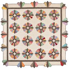 Fancy To Frugal: Authentic Quilt Patterns From the by Kay Connors and Karen Earlywine Hand Quilting Patterns, Quilting Projects, Quilting Designs, Bear Patterns, Antique Quilts, Vintage Quilts, Todays Quilter, Dresden Plate Quilts, Quilt Border