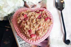 Strawberry Rhubarb Triple Oat Breakfast Bake