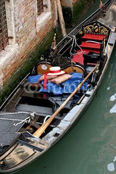 La poesia di una gondola veneziana