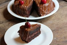 astridkokk – Mørk sjokoladekake med salt karamell Cake, Desserts, Food, Baking Soda, Caramel, Tailgate Desserts, Deserts, Mudpie, Meals