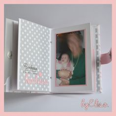 {Créations} Le petit livre de naissance | Mes petites {parenthèses} by Elise Album Photo Scrapbooking, Mini Albums Scrapbook, Creations, Frame, Decor, Journal, Photos, Baby Mini Album, Decorating