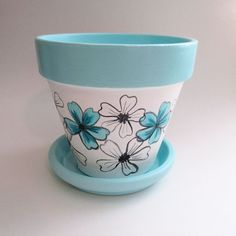 Turquoise Whimsical Flower Terracotta Clay 6 inch Planter - Plant Pot - Ideas of Plant Pot - Turquoise Whimsical Flower Pot! Flower Pot Art, Flower Pot Design, Clay Flower Pots, Flower Pot Crafts, Clay Pot Projects, Clay Pot Crafts, Painted Plant Pots, Painted Flower Pots, Pots D'argile