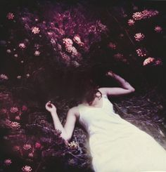 Dark poetic photo by Victoria Audouard Victoria, Talia, Shades Of Violet, French Photographers, Contemporary Photography, Creative Portraits, Weird World, Photoshoot Inspiration, Image Collection