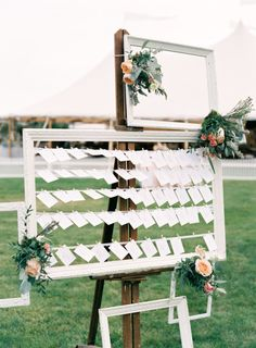Place card holder: http://www.stylemepretty.com/2015/01/26/romantic-natural-cape-cod-wedding/   Photography: Jen Huang - https://jenhuangblog.com/