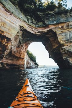 Kayaking adventure on the North Shore. Apostle Islands.