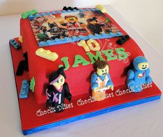 Based on the new lego movie - with hand modelled fondant figurines in the front. Lego Movie Cake, Lego Cake, 5th Birthday, Birthday Stuff, Birthday Cakes, Novelty Cakes, Cupcake Cakes, Cupcakes, Photo Cakes