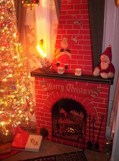 Vintage Christmas Fireplace, via Flickr.