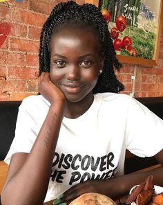 The Ancestral Braid Is Queen Of African Hairstyles Beautiful Dark Skinned Women, Beautiful Black Girl, Pretty Black Girls, Beautiful Women, Beautiful Body, African Girl, African Beauty, Dark Skin Beauty, Black Beauty