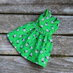 Flared dress Green Beetle YoSD Pullip Azone Blythe Green Beetle, Handmade Dresses, Beautiful Dolls, Green Dress, Flare Dress, Color Patterns, Primary Colors, Cute Dresses, Blue Green