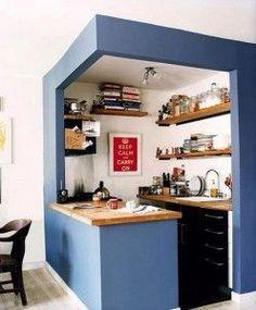 Almacenaje en cocinas pequeñas Más Kitchen Design Small, Tiny Kitchen Design, Kitchenette Design, Kitchen Remodel, Small Space Kitchen, Small Apartment Kitchen Decor, House Design Kitchen, Tiny House Kitchen, Kitchen Decor Apartment