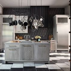 Are you coming to see our 2017 Kitchen of the Year at the @sfshowcase? Tap the link in our profile to find out how! (: @johnmerkl | Design: @delagrammar) #HBKOTY #sfshowcase #HBloveskitchens  #Regram via @housebeautiful