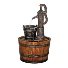 Amazon.com : Design Toscano Cistern Well Pump Barrel Garden Fountain : Patio…