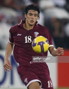 Qatar's Sebastian Soria in action during their Asian zone Group 1 World Cup qualifying football match against Japan in Doha on November 19 2008 Qatar...