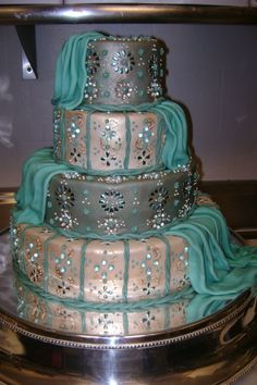 Tiffany blue and Indian design: this has me written all over it!