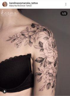 Karolina Szymańska s Feminine Shoulder Tattoos, Feminine Tattoo Sleeves, Shoulder Tattoos For Women, Feminine Tattoos, Sleeve Tattoos For Women, Pretty Tattoos, Beautiful Tattoos, Body Art Tattoos, Girl Tattoos