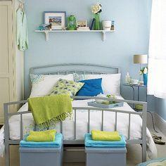 Modern, airy guestroom/bedroom